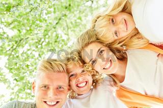 Familie und Kinder haben Spaß zusammen