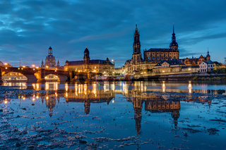 Die Wahrzeichen Dresdens bei Nacht
