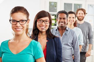 Multikulturelles Business Startup Team