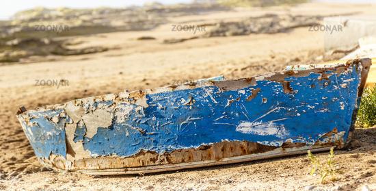 noch benutzbar? altes Boot auf Lanzarote, Kanarische Inseln, Spanien