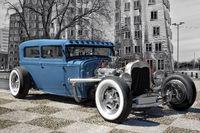 Der blaue Hotrod