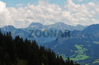 Ausblick vom Mittagberg auf die Allgäuer Alpen