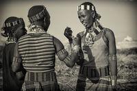 Junge Frauen der Hamer Minderheitengruppe, Äthiopien, Afrika
