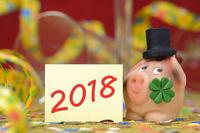 Glücksschwein mit Glücksklee für Neujahr 2018