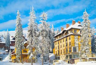 Mountains ski resort hotels