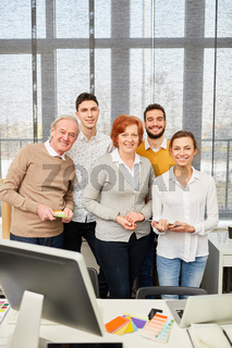 Kreatives Start-Up Team im Büro