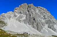 Carschinahütte am Südfuss der Sulzfluh im Rätikon, St. Antönien, Prättigau, Graubünden, Schweiz