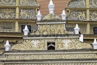 Giebel von Schloss Bischofteinitz – Horšovský Týn , Tschechien