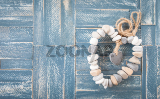 Herz aus Kieselsteinen