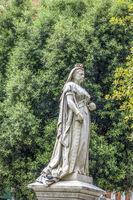Statue Of Queen Victoria Reading Berkshire UK