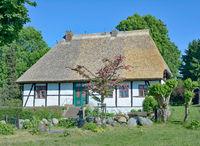 das historische Schulhaus von Middelhagen,Insel Ruegen,Ostsee,MVP,Deutschland