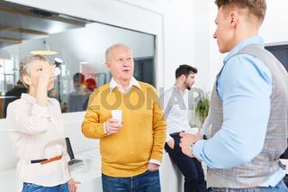 Geschäftsleute in einer Besprechung