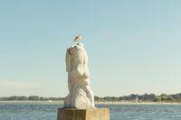 Statue in Travemünde an der Nordermole