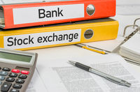 Folders with the label Bank and Stock exchange