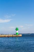 Leuchtturm an der Nordermole in Travemünde