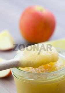 Apfelmus im Glas / apple puree in glass