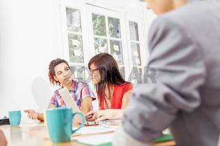 Business Team in einem Meeting