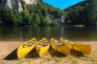 River the Dordogne with canoes for rent