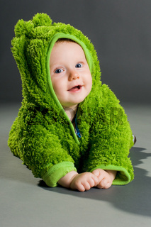 baby im frosch kostüm