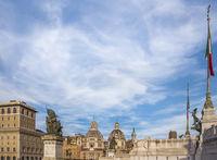 piazza venezia, assicurazioni-generali-gebäude, santa-maria-di-loreto-kirche,santissimo-nome-di-mari