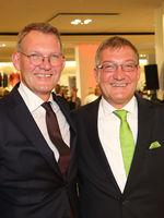 Sebastian Papenbreer und Stephan Papenbreer bei 25 Jahre Papenbreer Magdeburg, Große Internationale Fashionshow am 20.09.2017 in Magdeburg