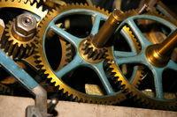 Zahnraeder eines Uhrwerks/Gear wheels of a clock