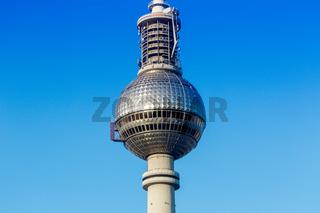 Berlin Fernsehturm blauer Himmel Deutschland