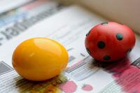 gefärbte bunte Ostereier als Symbol des Lebens