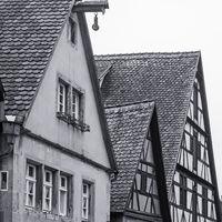 Historische Fachwerkhäuser in der Altstadt von Rothenburg ob der Tauber, Deutschland