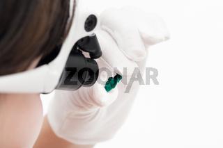 master in head-mounted lens checks dioptase