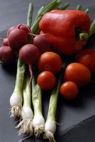 Gemüse auf den Tisch