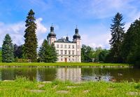 Vrchlabi Schloss im Riesengebirge - Vrchlabi palace in Giant  Mountains in Bohemia
