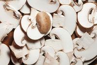 Pilze in Scheiben