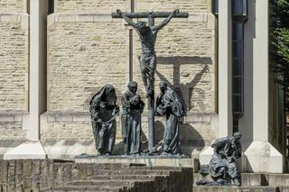 Kreuzigung - Plastik vor der Domkammer in Münster, NRW