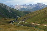 Kalmak Ashuu Pass (3446 m) zwischen Son-Kul-See und Keng-Suu in Zentralkirgisien