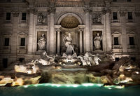 Fountain di Trevi at night