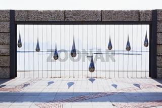 Sculpture of drop water