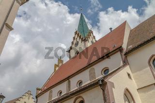 Blick nach oben - Kirchturm in Engen, Hegau