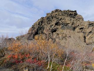 Tuffsteinformation im Lavafeld Dimmuborgir am Mývatn-See in Island