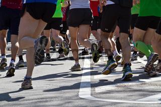 Beine von Marathonläufern