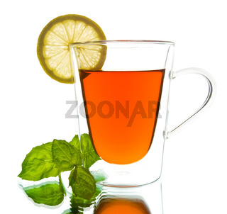 cup of tea with mint and lemon