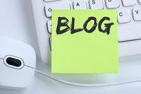Blog schreiben Blogger online im Internet Computer Business Konzept Maus