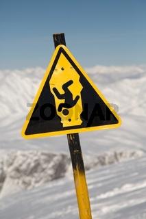 Mountain Waring Sign