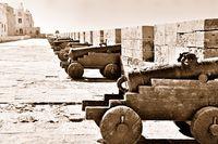 Kanonen vom Fort Essaouira Marokko old.jpg