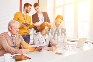 Gruppe bei Business Workshop zur Weiterbildung