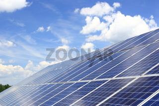 großes Solardach