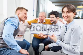 Business Kollegen im Teambuilding Workshop