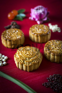traditional chinese festive mooncake pastry dessert
