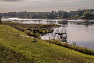 Faehranleger an der Elbe, Brambach, Sachen-Anhalt, Deutschand, September