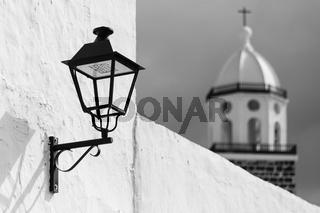 Laterne mit Kirche, Teguise, Lanzarote